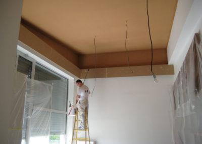 optické snížení stropu pomocí tmavé barvy_3
