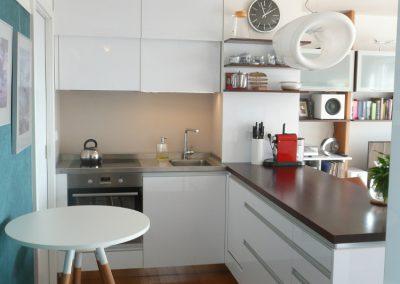 kuchyňka s ostrůvkem